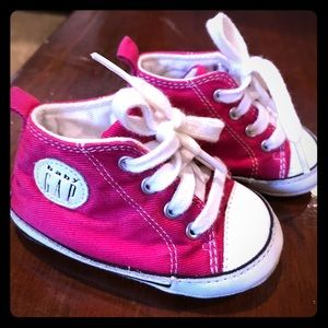 Baby Gap Size 1 Hot Pink Sneakers